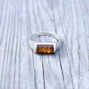 • the vtg amber ring